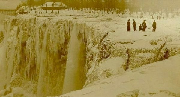 1848 Niagara Falls stops flowing for 30 hours due to an ice jam
