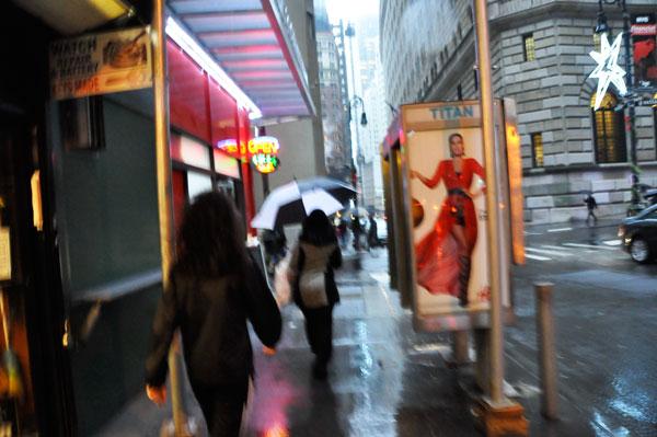 walkingrainstreet_dsc0110