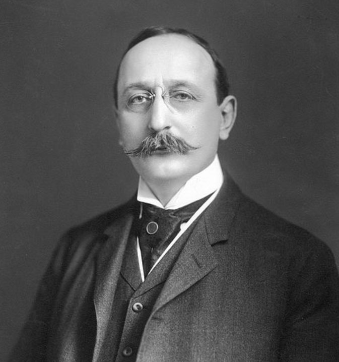 Cass Gilbert (1859-1934) designed seven New York City landmarks between 1900 and 1934.
